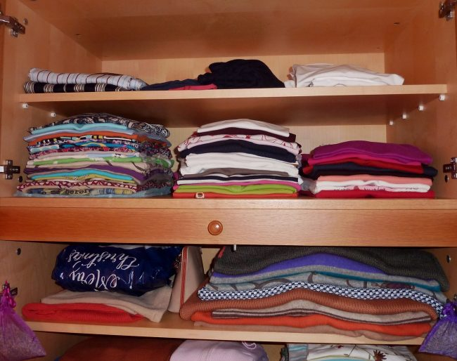 Keep clothes in the closet when they are completely dry