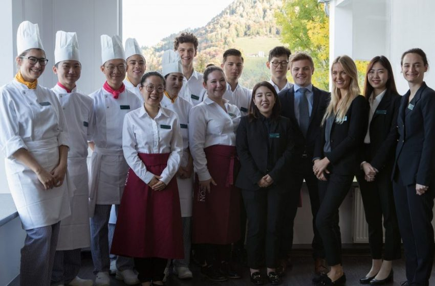 Study hotel and hospitality management in Australia