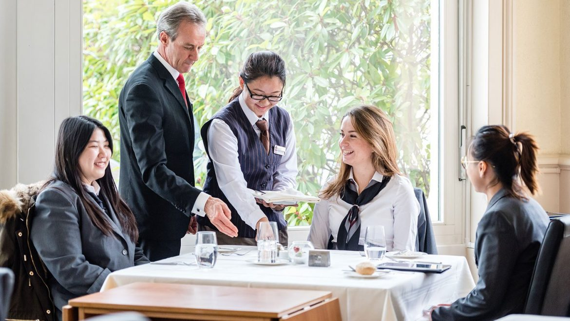 Study of hotel and hospitality management in USA in United States of America