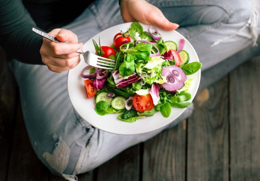 Tips for a healthy diet Healthy eating should be based on a natural diet