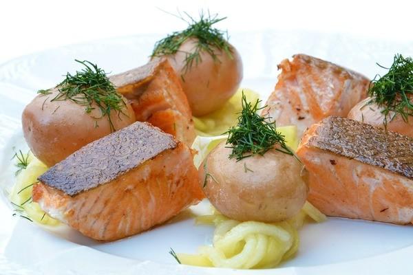 Farm salmon